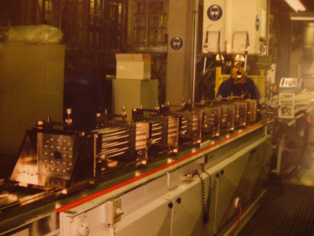 Herstellung von Uran-Brennelementen in Lingen. Hier ein Foto, als die Anlage noch zu Siemens gehörte. Heute ist der französischen Konzern AREVA Eigentümer der Anlage. Foto: Dirk Seifert