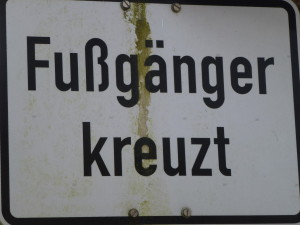 Fussgaenger-kreuzt2