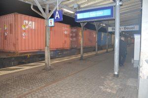 20141008UrantransportBonn-BeuelBhf_klein