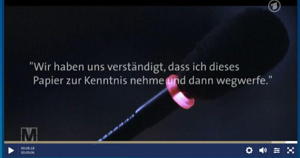 Hennenhoefer-PapierKenntnisnehmeUndDannWegwerfe