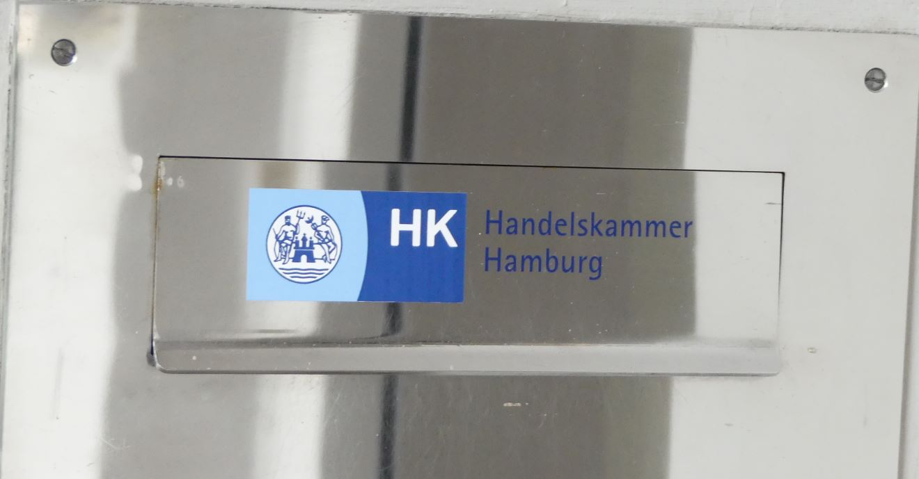 Handelskammer Hamburg nach der Rebellion: Hauptgeschäftsführer Schmidt-Trenz geht