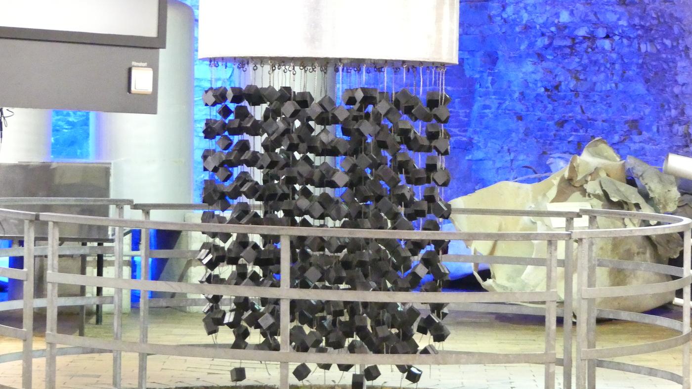 Nachbau des Versuchs-Atom-Reaktors in Haigerloch. Für eine stabile Kettenreaktion reichte es am Ende nicht.