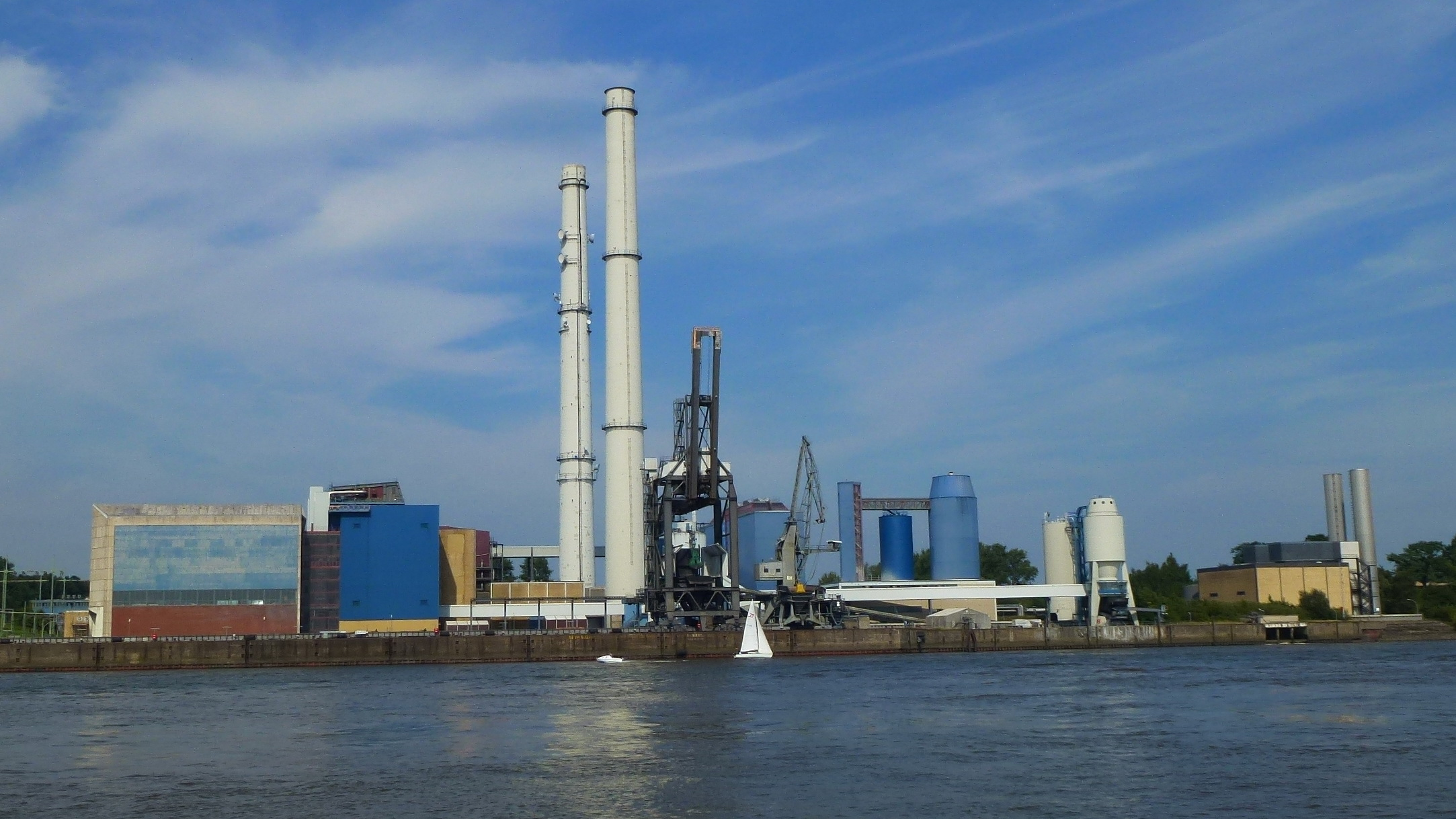 Neue lange Leitung – Hamburgs unnötige Fernwärme-Baustelle