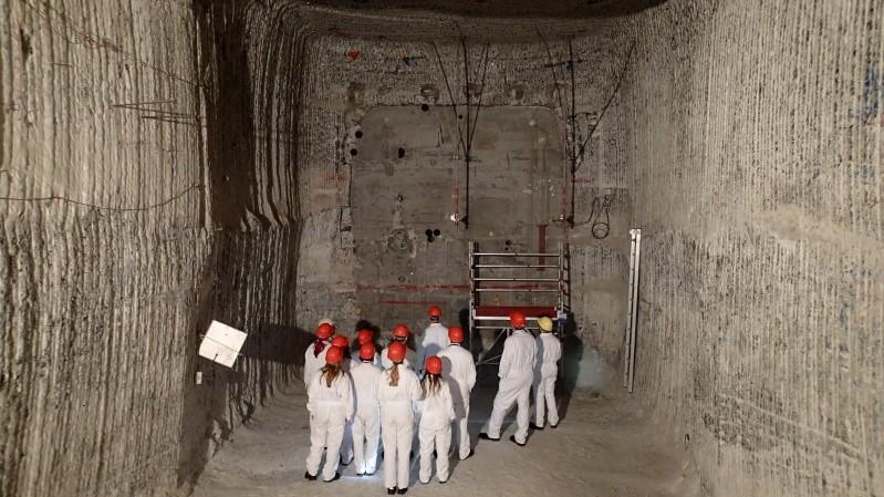 """""""Vergleichende Risikobewertung von Entsorgungsoptionen für hoch radioaktive Abfälle"""""""